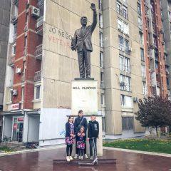 Travelling Kosovo – Bill Clinton Statue