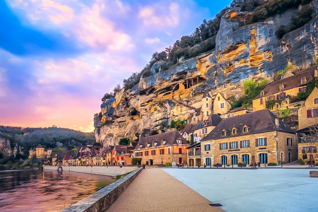 Beautiful Dordogne Villages – France