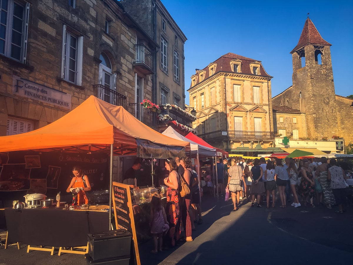 Night Markets in Belves